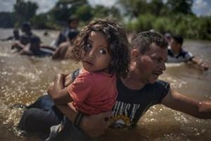 Pulitzer 2019: Khủng hoảng nhập cư Mỹ và chiến sự Yemen: Những bức ảnh 'biết nói'