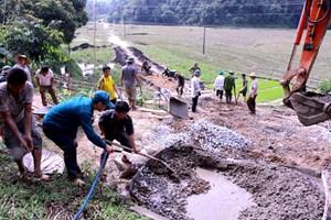 Xây dựng nông thôn mới gắn với giảm nghèo bền vững