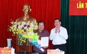 Ông Lữ Quang Ngời được phân công phụ trách UBND tỉnh Vĩnh Long