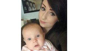 Bà mẹ 20 tuổi hy sinh thân mình để cứu con khỏi bánh xe tải