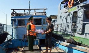 Cứu kịp thời 6 thuyền viên gặp nạn trên biển
