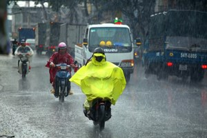 Bắc Bộ tiếp tục mưa, đề phòng lốc, sét và mưa đá