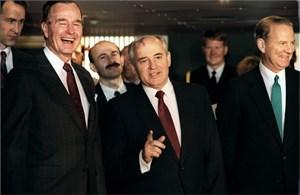 Bạch hóa tài liệu mật liên quan tới quá trình tan vỡ Liên bang XôViết: Phản bội
