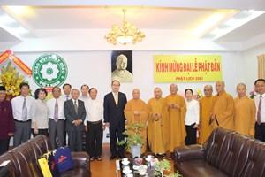 BẢN TIN MẶT TRẬN: Chủ tịch Nguyễn Thiện Nhân chúc mừng Đại lễ Phật đản 2017