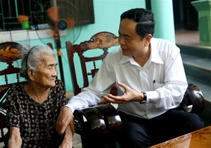 BẢN TIN MẶT TRẬN: 'Tổ quốc, nhân dân luôn biết ơn Mẹ'