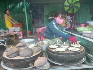 Bánh xèo, bánh căn Ninh Thuận hút khách Sài Gòn dịp Tết