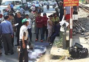 Bất cẩn qua đường, một người bị tàu hỏa tông tử vong