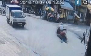 Bắt nghi phạm cướp điện thoại, kéo lê cô gái trên đường