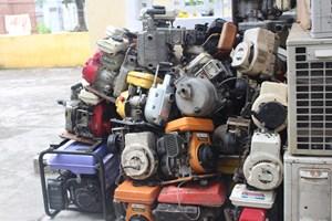 Bắt số lượng lớn máy móc nhập khẩu không có chứng từ hợp lệ