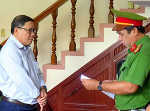 Bắt tạm giam nguyên Chủ tịch UBND huyện Đông Hòa, Phú Yên