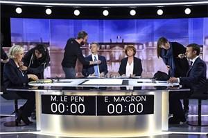 Bầu cử Tổng thống Pháp: Hậu tranh luận trực tiếp, ông Macron kiện đối thủ