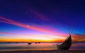 Biển Quảng Nam thu hút du khách bởi nét đẹp dân dã