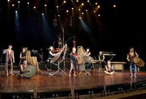 Biểu diễn nghệ thuật tại Nhà hát lớn: Cần tác phẩm đậm đà hồn Việt