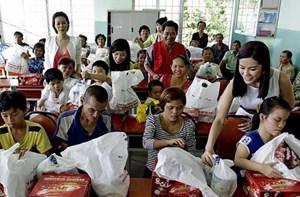 Bình Dương: Vận động, trợ giúp hơn 53 nghìn người khó khăn và nạn nhân chất độc da cam