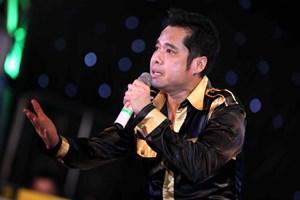 Bộ Công thương lên tiếng về việc cấp bằng khen cho ca sỹ Phạm Ngọc Sơn