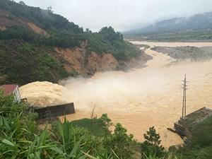 Bộ Công Thương xin lùi báo cáo vụ thủy điện Hố Hô xả lũ