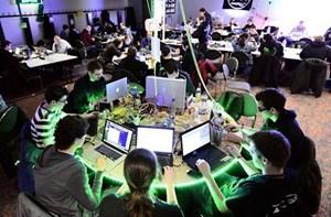 Bộ Quốc phòng Mỹ tuyển dụng tin tặc để tấn công Lầu Năm Góc