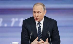 Các phát ngôn của Tổng thống Putin được in làm quà tặng
