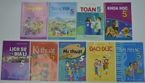 Cẩn trọng lựa chọn sách giáo khoa