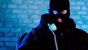 Cảnh giác thủ đoạn lừa đảo - Gọi điện thoại yêu cầu chuyển tiền