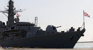 Iran: Anh đang 'sợ hãi' khi điều tàu khu trục đến vùng Vịnh hộ tống tàu chở dầu