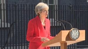 Chật vật với Brexit, Thủ tướng Anh tuyên bố từ chức