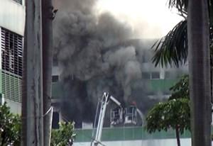 Cháy nhà ăn Công ty Pouyuen, nghìn công nhân được sơ tán
