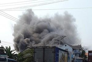 Cháy Trung tâm Điện máy, thiệt hại nặng tài sản