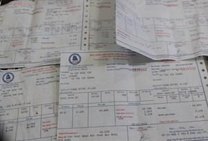 DN có phải xuất trình hóa đơn phí bảo vệ môi trường không?