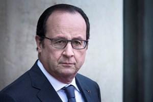 Chính quyền của Tổng thống Francois Hollande từ chức theo thủ tục