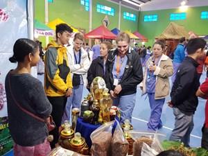 Chợ Sâm Ngọc Linh lần thứ 14 thu hơn 5 tỷ đồng