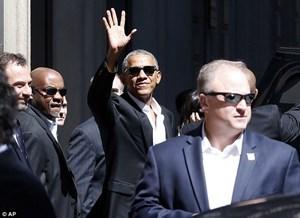Choáng với đoàn hộ tống hùng hậu của ông Barack Obama ở Italy