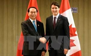 Chủ tịch nước gặp lãnh đạo nhiều nước thành viên APEC