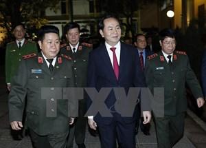 Chủ tịch nước thăm, chúc Tết các đơn vị ứng trực đêm Giao thừa