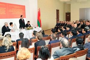 Chủ tịch nước trả lời phỏng vấn Đài Truyền hình Trung ương Belarus