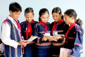 Chú trọng dạy tiếng dân tộc cho đồng bào dân tộc thiểu số