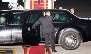 Chùm ảnh: Đón Tổng thống Obama ở sân bay