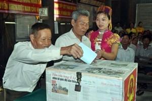 Con Cuông (Nghệ An): 5.338 cử tri vùng sâu đi bầu cử sớm