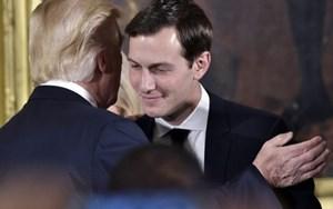 """Con rể ông Trump """"lọt tầm ngắm"""" của FBI"""