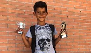 Con trai Ronaldo giành cú đúp danh hiệu bóng đá nhí