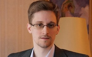 Công bố bộ dữ liệu mật của Edward Snowden