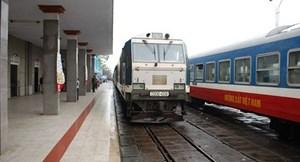 Công tác cán bộ tại Tổng công ty Đường sắt Việt Nam: Những biến động bất thường