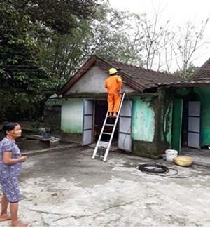 Công ty Điện lực Thừa Thiên Huế góp sức hỗ trợ người nghèo