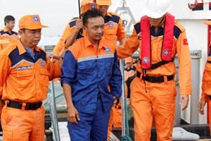 Cứu nạn thành công thuyền viên Malaysia bị rơi xuống biển