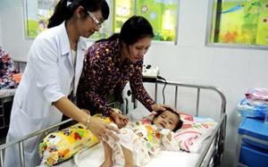 Cứu sống 2 chị em ruột cùng bị bệnh tim bẩm sinh phức tạp