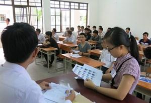 Đà Nẵng: Một thí sinh phải bỏ thi 2 môn vì ngộ độc thực phẩm