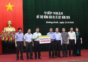 Đà Nẵng và Bình Dương cứu trợ đồng bão lũ lụt Quảng Bình 2 tỷ đồng
