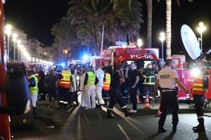 Đa số sinh viên Việt tại Nice đã báo an toàn qua mạng