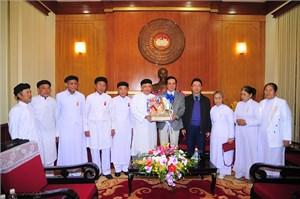 Đại diện một số tôn giáo thăm, chúc tết UBTƯ MTTQ Việt Nam