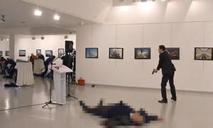 Đại sứ Nga tại Thổ Nhĩ Kỳ đã chết sau khi bị ám sát